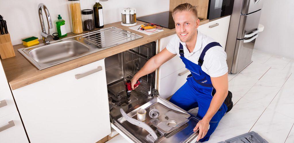 6 Useful Tips To Find A Reliable Appliance Repairman
