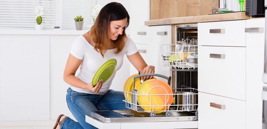 How To Keep Your Kitchen Tidy And Organized?