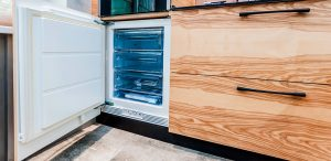 Four-types-Of-Freezers-And-Their-Qualities